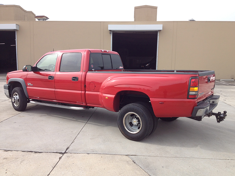 2004 6.6L Duramax LB7 3500HD Dually 4x4 (1)