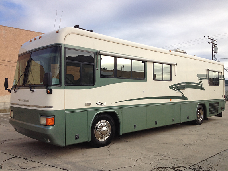 1998 5.9L Cummins Country Coach Allure 36 (1)