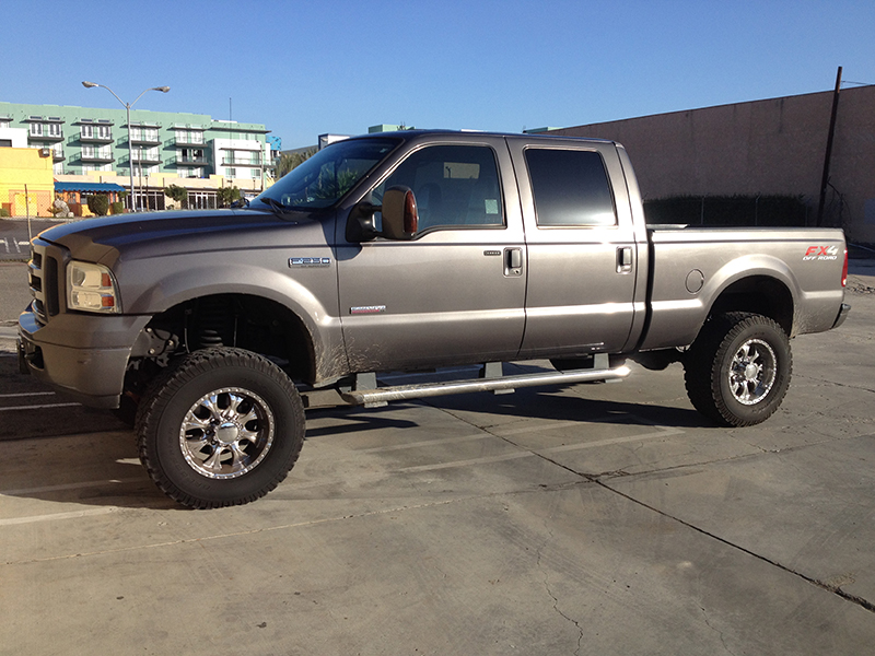 2006 6.0L Powerstroke F250 Crew Cab, Short Bed 4WD (1)