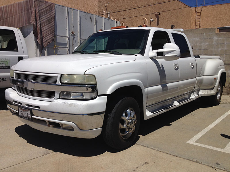2002 6.6L Duramax 3500HD Crew Cab, Short Bed Dually (1)