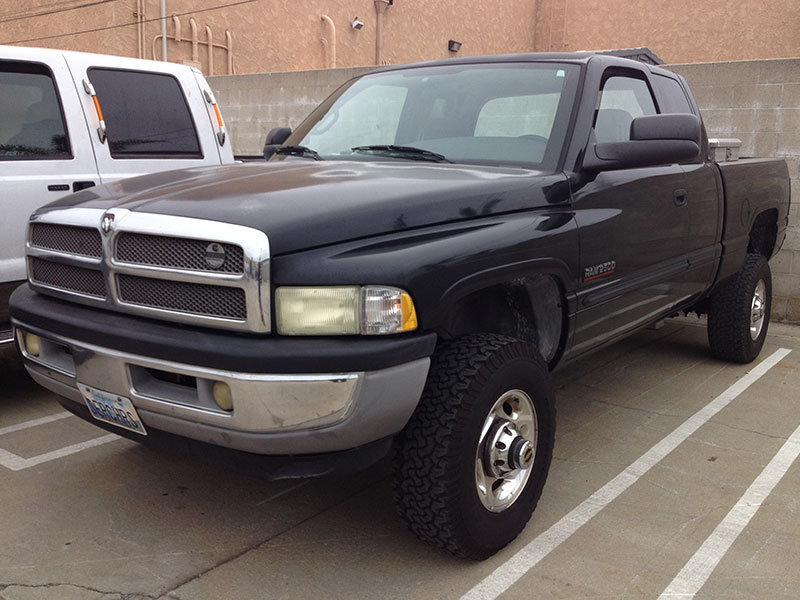 2002 5.9L Cummins RAM Extended Cab, Short Bed 4WD (1)