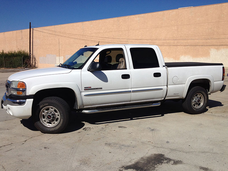 2004 6.6L Duramax LB7 2500HD Crew Cab, Short Bed 2WD (1)