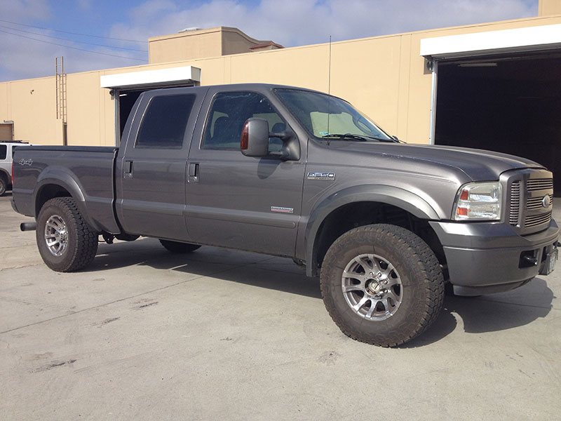 2005 6.0L Powerstroke F250 Crew Cab, Short Bed 4WD (1)