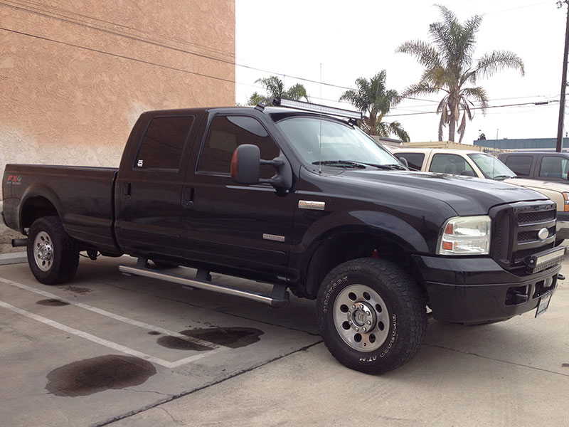 2005 6.0L Powerstroke F250 Crew Cab Long Bed 4WD (1)