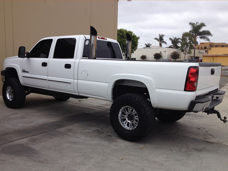 2005 6.6L Duramax 2500HD Crew Cab, Long Bed 2WD (1)