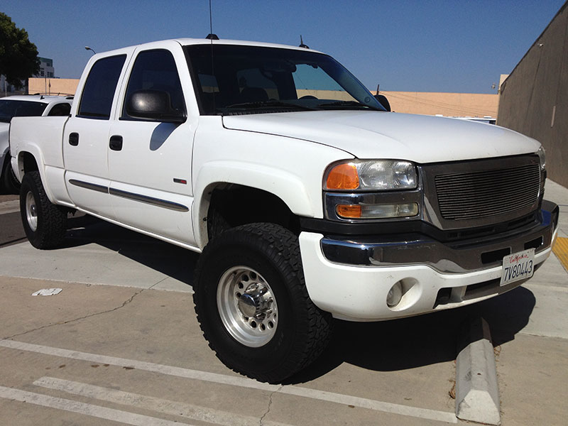 2005 6.6L GMC DURAMAX Crew Cab, Short Bed 4WD (1)